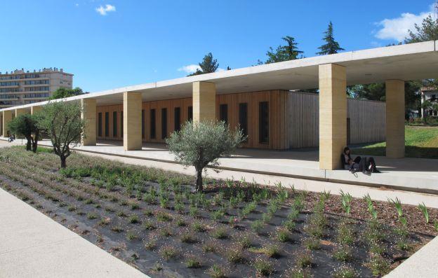 architecte paysagiste projet rehabilitation du lycee jules guesde montpellier 34. Black Bedroom Furniture Sets. Home Design Ideas